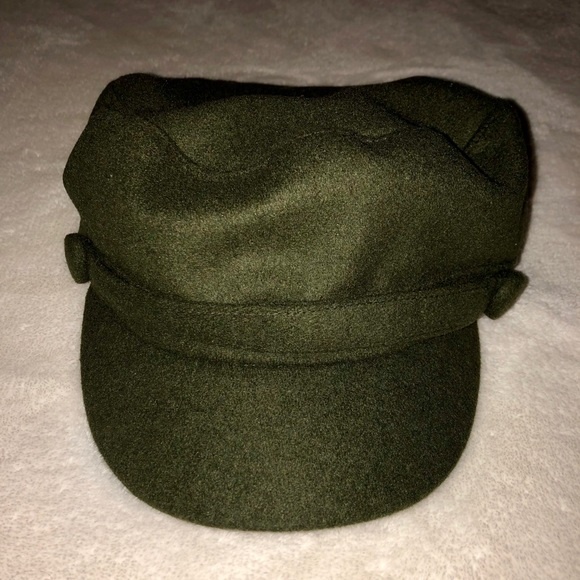 Forever 21 Accessories - Fisherman olive green hat